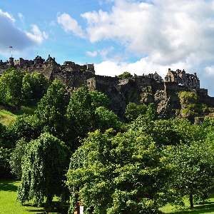 edinburgh-castle-2.jpg
